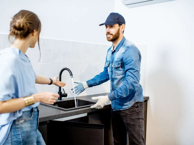 Reasons of choosing a professional plumber